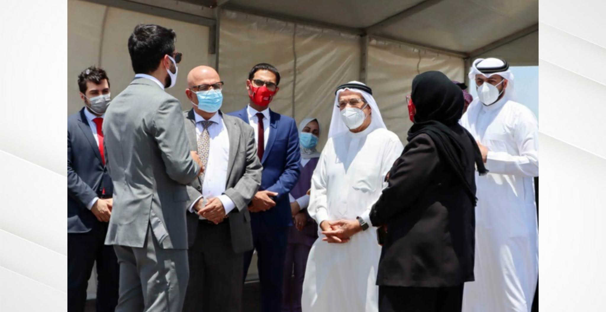 رئيس المجلس الأعلى للصحة يدشن مركز إضافي للفحص من المركبات بمحافظة المحرق